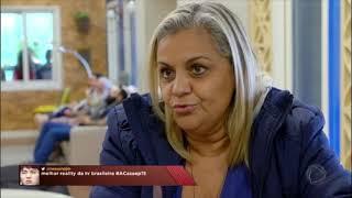 Raphaella fez questão de deixar claro que está chateada com Angela,...