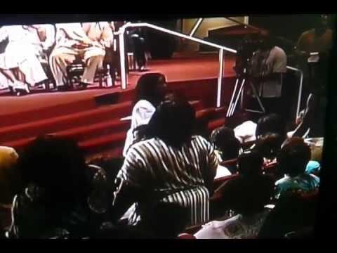 Dr. Juanita Bynum speaks Prophetic Word over Tammy Price