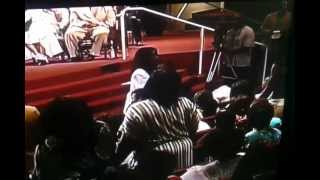Dr. Juanita Bynum speaks Prophetic Word over Tammy Price