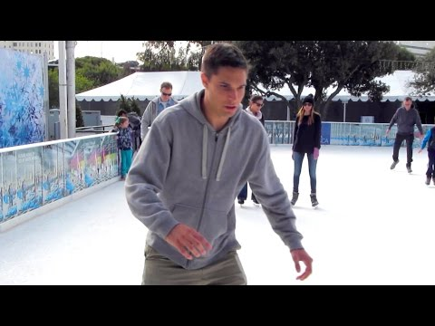 FIRST TIME ICE SKATING IN LA!
