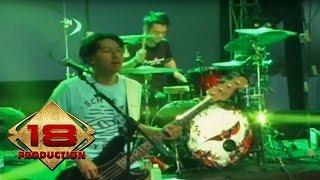 NOAH - Langit Tak Mendengar  (Live Konser Palembang 8 Mei 2015) Mp3