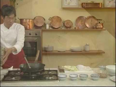 Cuisine Chinoise  15 Raviolis  la viande de porc  YouTube