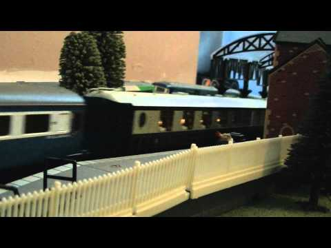Trains Running at My Friend's OO Gauge Model Railway Layout 18/08/2011