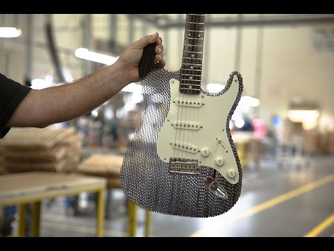 Video: how cardboard Fender Stratocaster sounds like