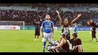 Video Viking Clap Bojan Malisic Pimpin - Persib vs Borneo FC download MP3, 3GP, MP4, WEBM, AVI, FLV Mei 2018