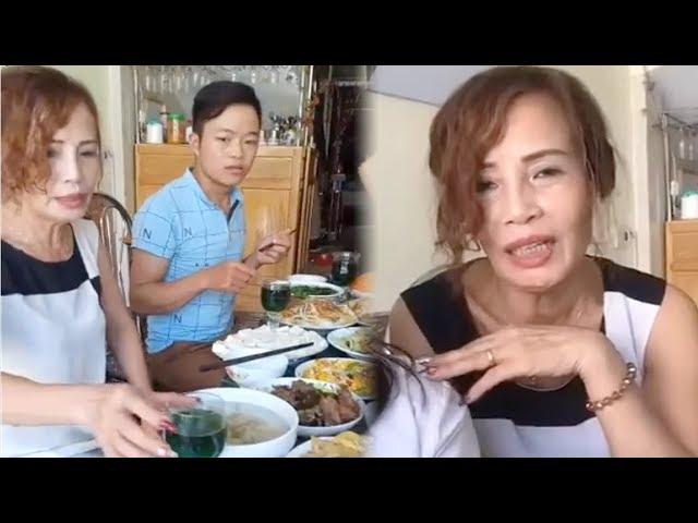Cô Dâu 61 Tuổi Livestream Tiết Lộ Về Cuộc Sống Mới Bên Chồng Trẻ Sau Đám Cưới