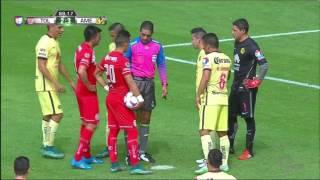 Penalti a favor del Toluca y Hugo González se convierte en héroe del América thumbnail