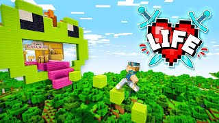 Attempting Lizzie's DEADLY parkour Challenge!! | Minecraft X Life #28