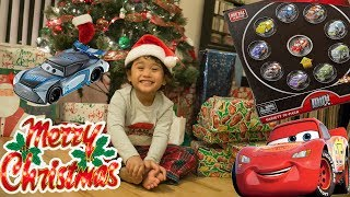 New Cars 3 Toys Giant Christmas Presents Unboxing with Lightning McQueen Next Gen Easy Idle