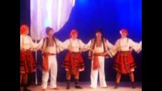 Смотреть клип Танец Болгария, ансамбль РРѕСЃСЃРёСЏРЅРµ, средняя РіСЂСѓРїРїР°, 2013 РіРѕРґ онлайн