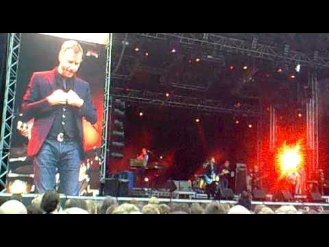 The National — Available + Cardinal Song @ Way Out West 2010