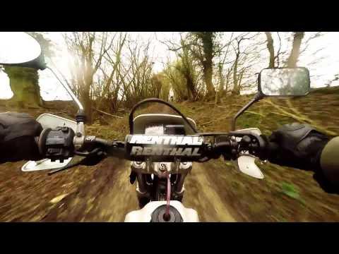XR250 chasing XR400