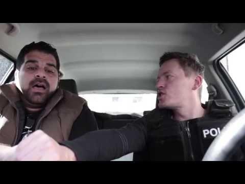 Polizisten bekommen Panikattacke bei Helene Fischer