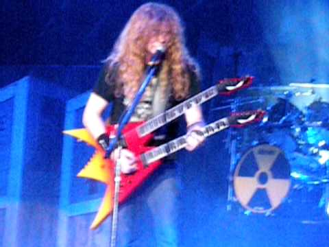 Megadeth-Trust-Toronto at Molson Canadian Amphitheater(July 29,2010)