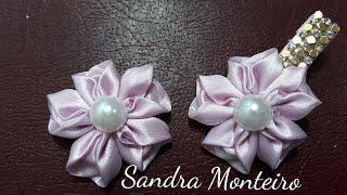 Flor de fita de cetim por Sandra Monteiro