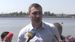 Кличко: Все столичные пляжи должны быть чистыми и безопасными для киевлян
