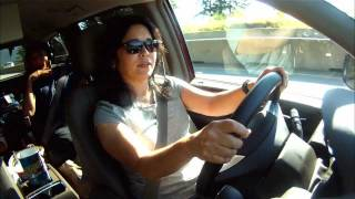 2011 Chrysler Town & Country HD Video Review