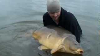 Carp fishing in france Cavagnac Lake SINGLE SCALE 80 LBS + BIG!!!