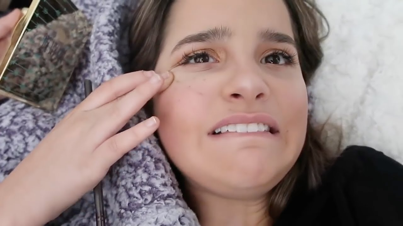 Annie Leblanc Gets Backlash For Wearing Too Much Makeup You Re Too