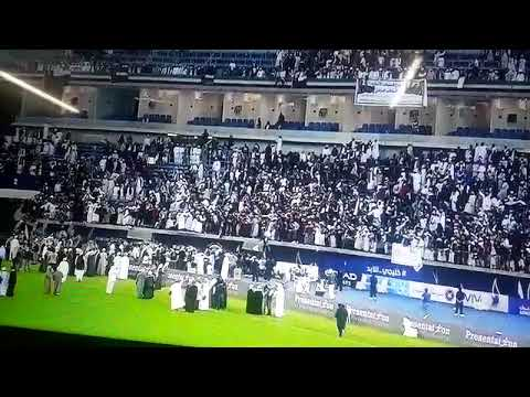 Oman fans fall from upper tier of stadium after barrier collapse at Arab Gulf Cup final