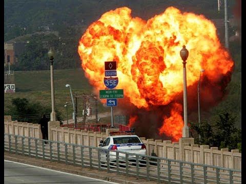 Baar Baar Dekho | Shocking Indane Gas Unloading | It happens only in India 2016