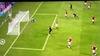 Fifa 12 - Reprise de volée d'un défenseur (Abate)