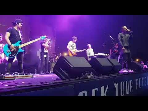 Wahyu Selow - Selow Live Perform @laborafestival 2017