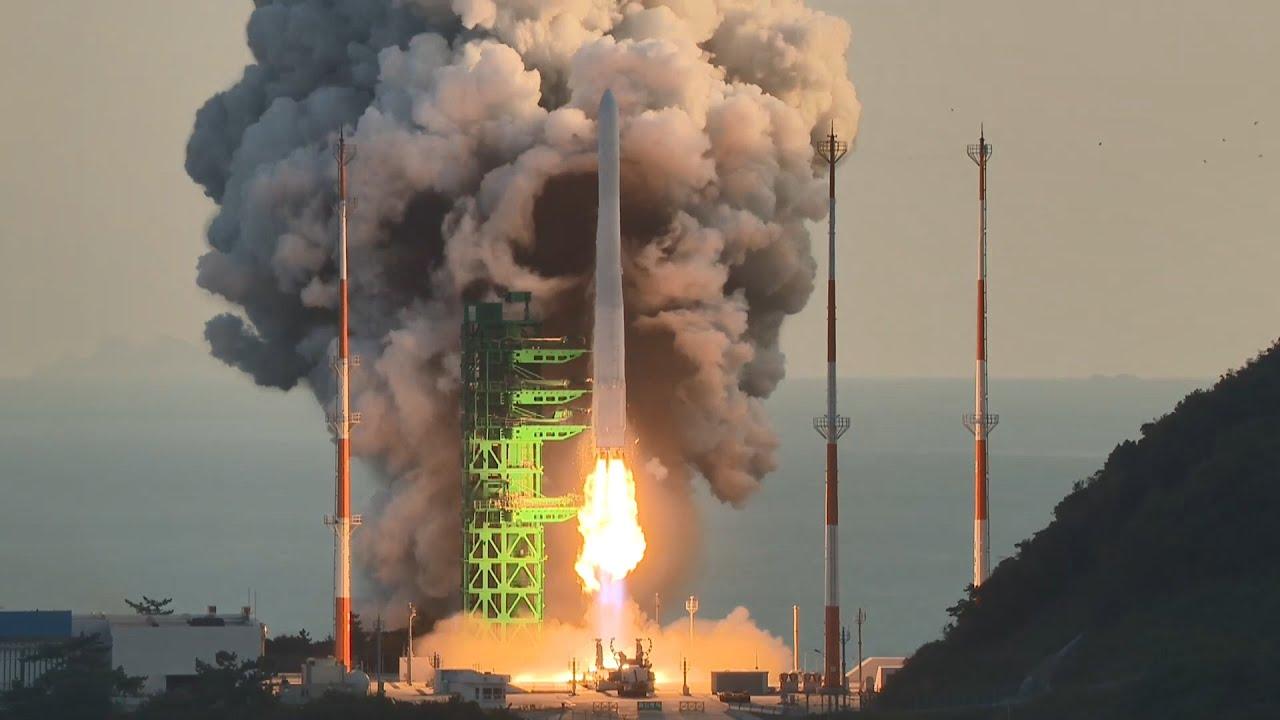 Download 누리호 1차 시험 발사 장면