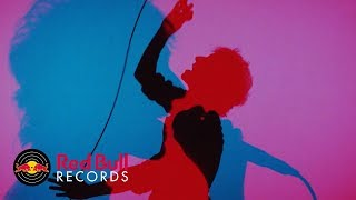 Albert Hammond Jr - Far Away Truths (Official Music Video)