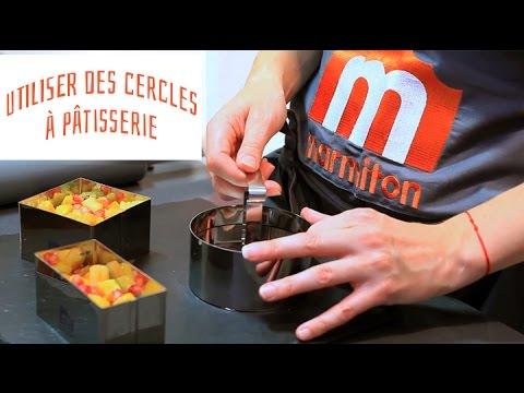 Cercle à pâtisserie avec poussoir Marmiton