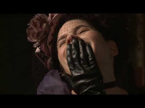 Natalie Merchant - Equestrienne