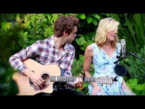 Jake & Gigi Edgley  Hit The Road Mashup