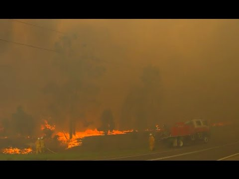 Kurri Kurri region bushfire out of control, Australia