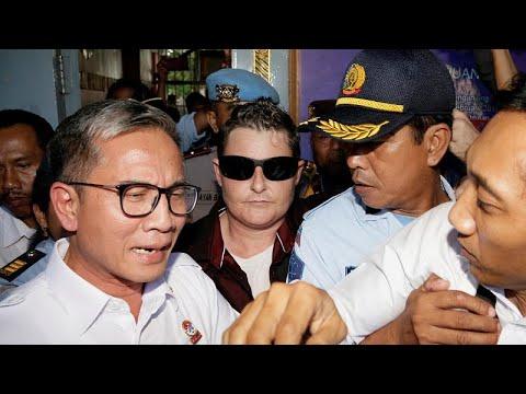 إندونيسيا تفرج عن مهربة هيروين استرالية بعد 13 عاما في السجن…  - نشر قبل 1 ساعة