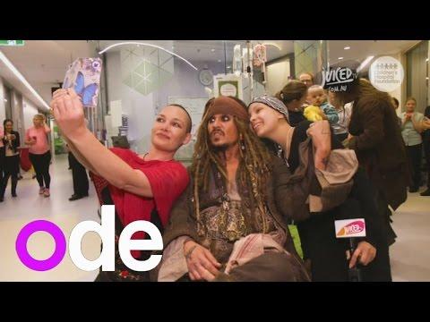 Johnny Depp visits children's hospital as Jack Sparrow