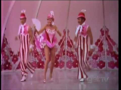Mitzi Gaynor and her dancers Pretty for Me