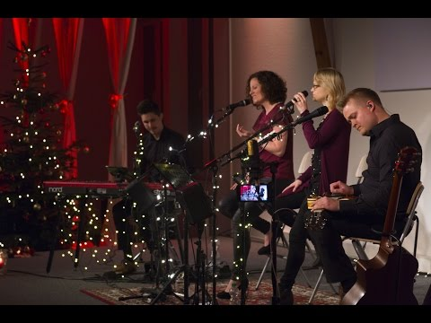 CHRISTMAS CAROLS unplugged - Peacemaker (LIVE)