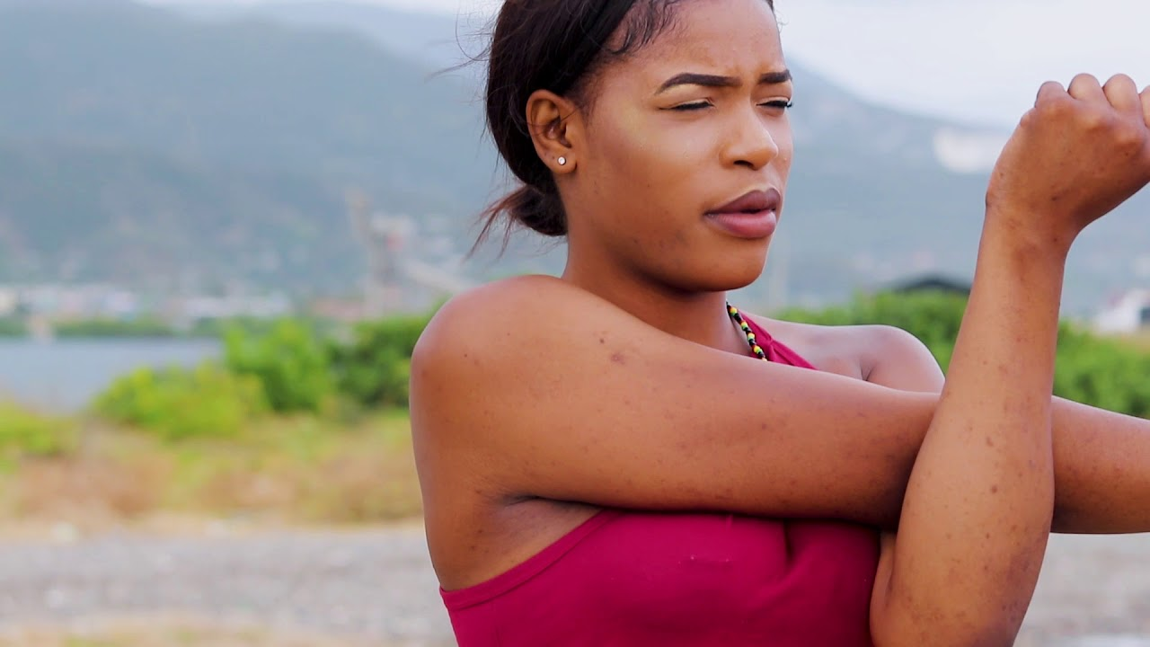 Download Christopher Gayle Ft Dweeno - The Wall (Official Video)