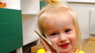 Miss Polly tinha uma boneca - canção para crianças   Canções infantis   Katya e Dima