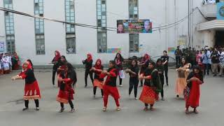 Dhaka Medical College is on fire.Flashmob video by K75.Best dance video. Awesome choreography..