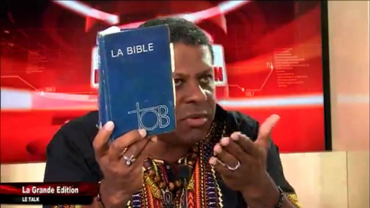 Le blanchiment de la Bible de Jean-Philippe Omotunde.