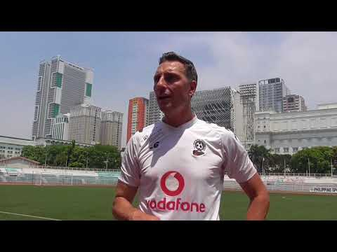 Vodafone National Football team - first training session in Philippines