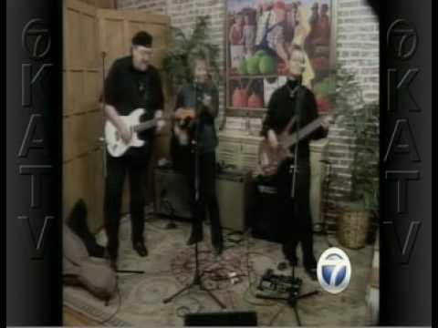 "The Shannon Boshears Band performs ""Black Mascara""..."