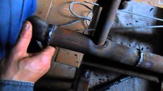 Как сделать врезку одной трубы в другую электросваркой(Видеоролик врезки труб электросваркой., 2014-06-20T11:44:20.000Z)