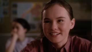 Джули Влюбилась с Первого Взгляда в Брайса ... отрывок из фильма (Привет, Джули!/Flipped)2010