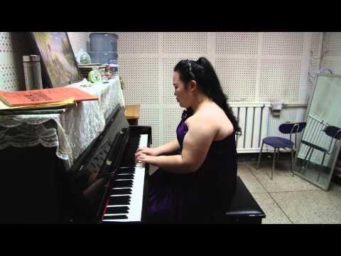 4.颜甜(Yan  Tian):克拉莫练习曲第一首  (Янь  Тянь)