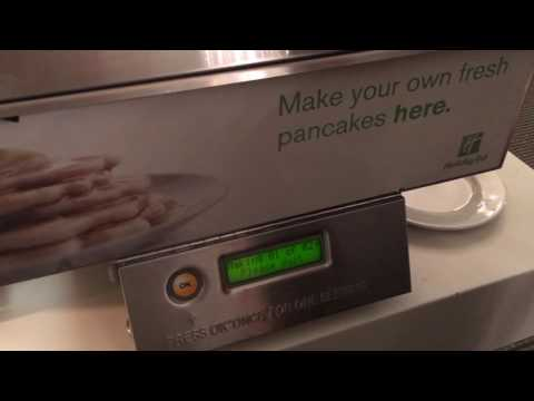 Holiday Inn London Mayfair Breakfast Pancake Maschine
