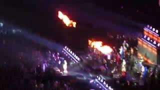 Смотреть видео Хуй меня сломишь жизнь хороша!/Ленинград - концерт в Питере/19.10.2018 онлайн