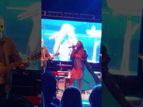 Leann Rimes Do it Wrong with Me Scottsdale Culinary Festival 2017