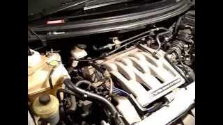 Mazda texnik xizmat ko'rsatish va ta'mirlash MPV. Uchqun o'zgartira olishdan (o'rgimchak) holda ajratib.